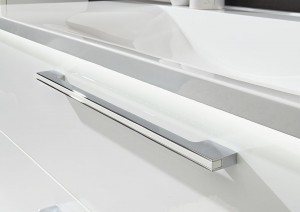 Nr. 387 Stangengriff chrom mit lackiertem Inlay in Weiß