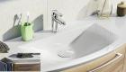 Mineralmarmor-Waschtisch mit LED-Schattenfugenbeleuchtung inkl. Clou-Überlaufsystem