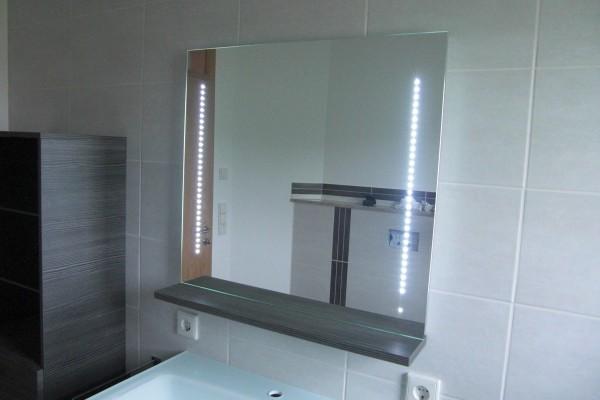 pelipal p con 2000 spiegel mit led beleuchtung c3 sf5 7570 sonderpreis sofort lieferbar. Black Bedroom Furniture Sets. Home Design Ideas