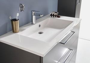 Waschplatz mit einem Mineralguss Waschtisch