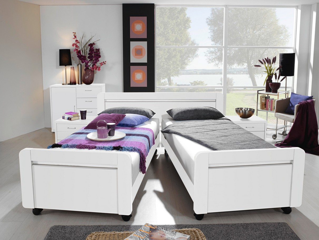 rauch dialog komfortbett stollenbett iris mit rollen. Black Bedroom Furniture Sets. Home Design Ideas